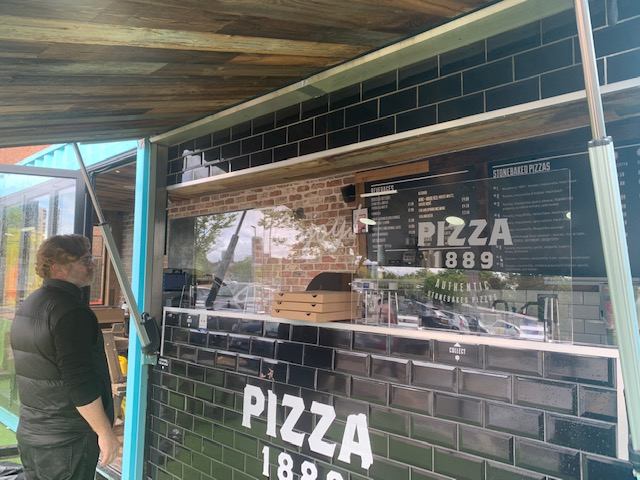 Protective acrylic screens in pace at Pizza1889
